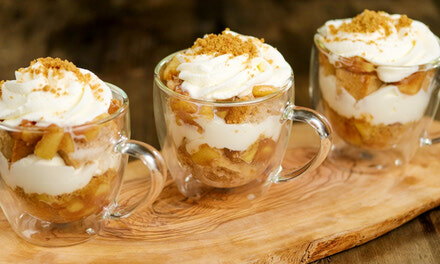 Apple Cinnamon Crumble Parfait