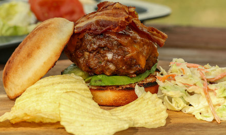 Jalapeno Bacon Stuffed Burger