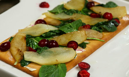 Spinach and Apple Flatbread